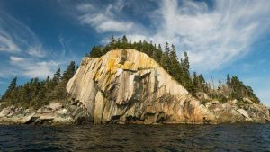 Zack Metcalfe paddles the 100 Wild Islands, Chronicle Herald article